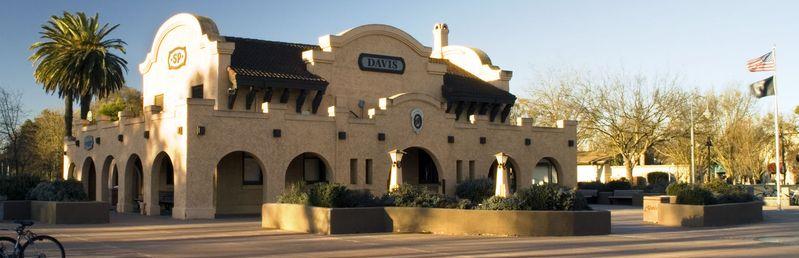 Davis railway station