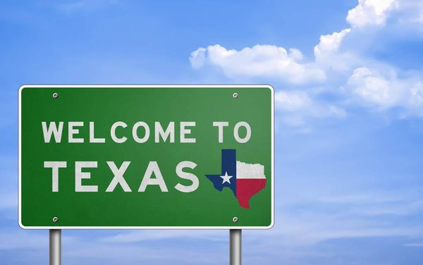 Pros and Cons of Moving from California to Texas