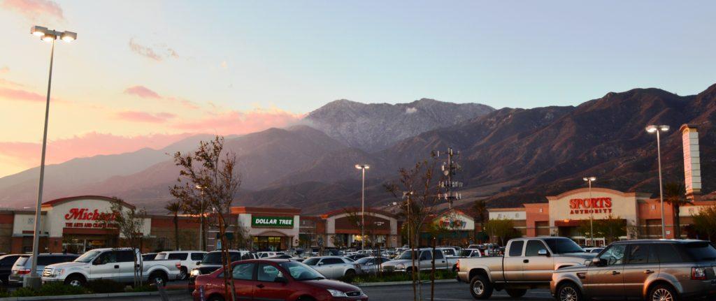 Shopping centers in Fontana