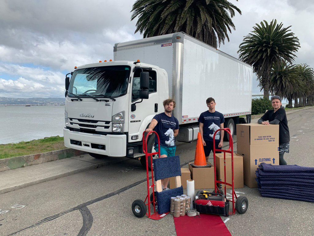California movers team